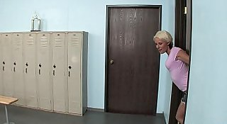 Teen Slut Gets Fucked In The Locker Room